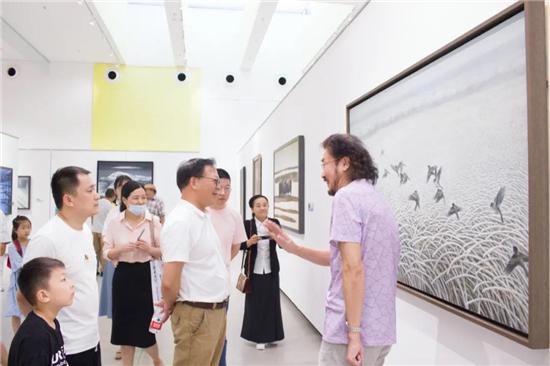 """""""雪国精灵、冰雪童话""""清爽绽放安徽中环艺术馆"""