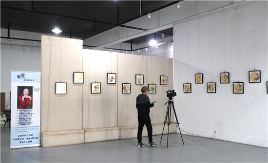 """""""蜕变――时空的更迭""""画展在北京宋庄松・美术馆A座举行"""