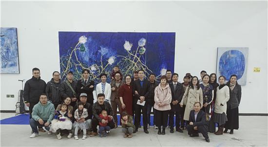 """邵琼琼个展""""无尽之蓝""""在YUN空间成功开幕"""